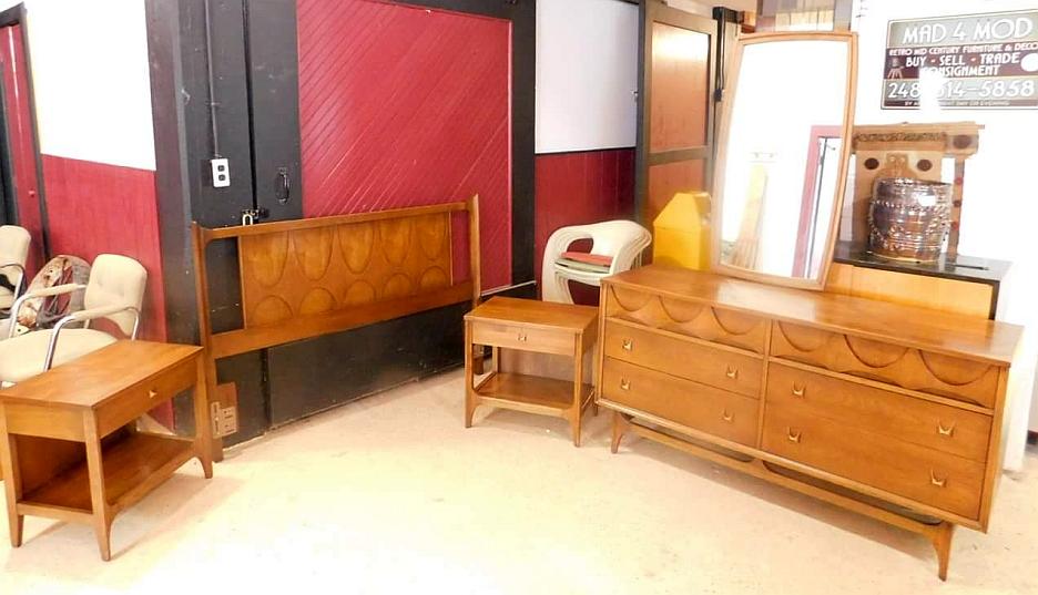 Broyhill Brasilia Bedroom Set Mad4mod